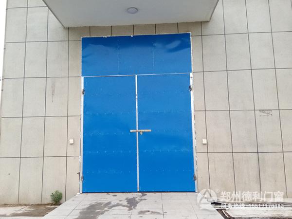 郑州哪里有定做钢结构厂房大门的?